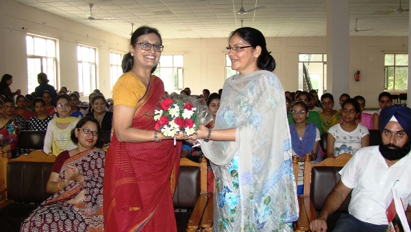 Welcome of Ms. Mamta, Vice President Bharti Foundations during career orientation and placement workshop